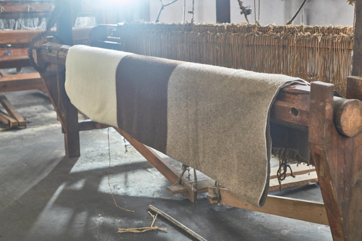 Métier à tisser laine